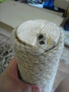 Когтеточка своими руками - подготовим столбик