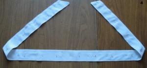 Школьный фартук своими руками - Сшиваем части пояса